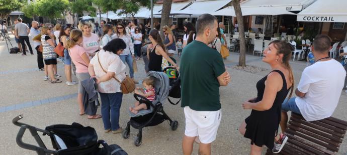 Los padres tienen una cita en el Club Diario de Ibiza