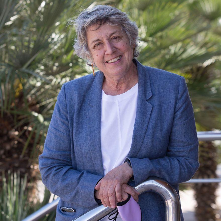 Rosa María Alberdi Castell: «Las enfermeras se queman porque las condiciones de trabajo son horribles»